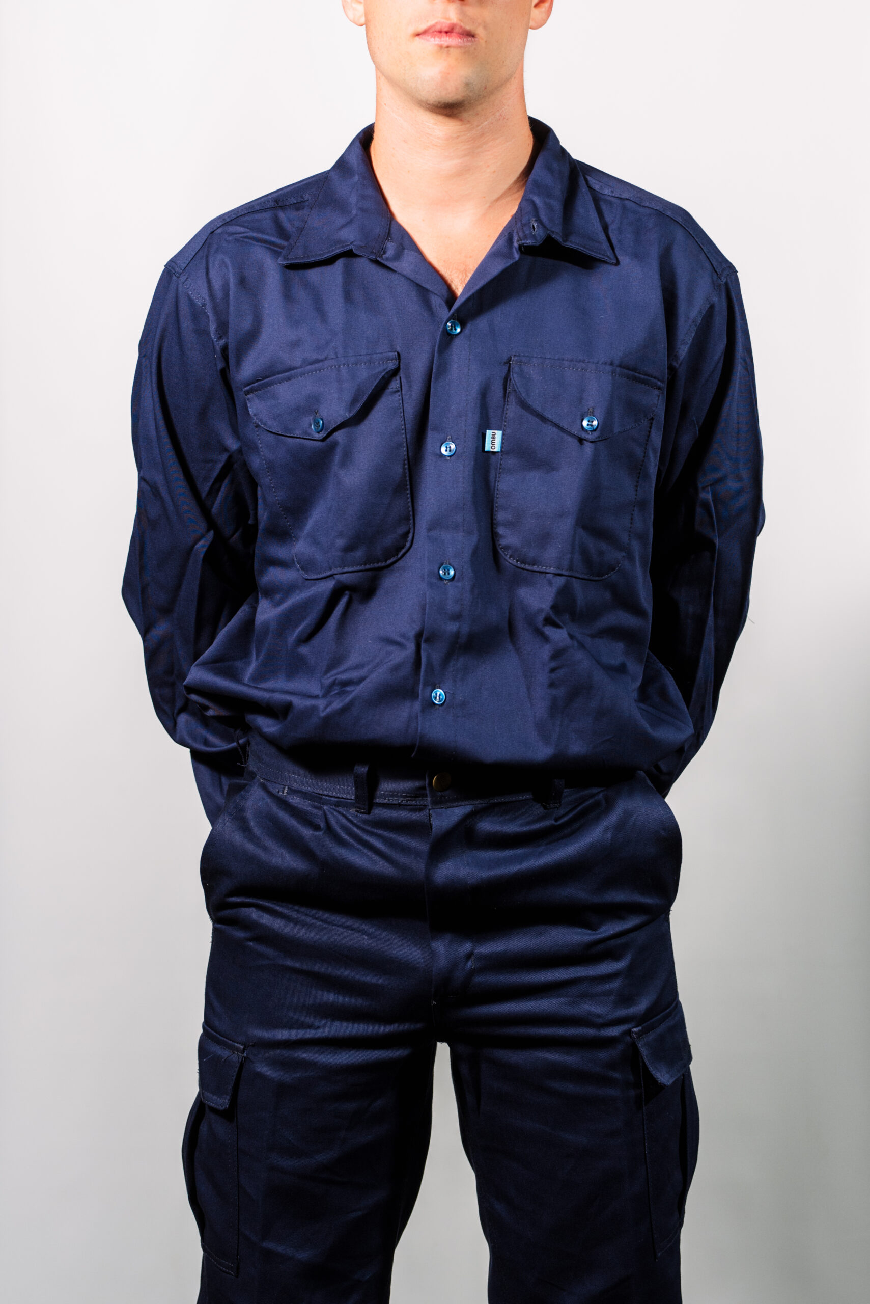 Camisa y Pantalón de Trabajo